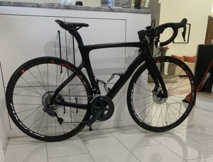 2020 52cm Pinarello Prince Disc Road Bike for Sale in Dallas, TX