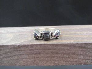 Size 8.25 Sterling Silver Triple Triangle Garnet Band Ring Vintage Statement Engagement Wedding Promise Anniversary Cocktail Cute Cool for Sale in Everett, WA