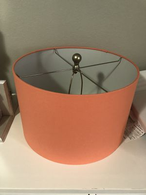 Mint condition lamp shade for Sale in Tampa, FL