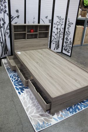 Twin 3 Drawer Chest Bed with Headboard, Dark Taupe for Sale in Norwalk, CA