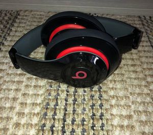 Beats by dre wireless studio headphones for Sale in North Las Vegas, NV