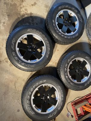 Jeep wheels and tires for Sale in Tinley Park, IL
