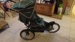 Baby trend jogging stroller for Sale in Lake Worth, FL
