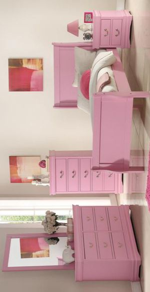 Louis Philippe Pink Sleigh Youth Bedroom Set for Sale in Adelphi, MD