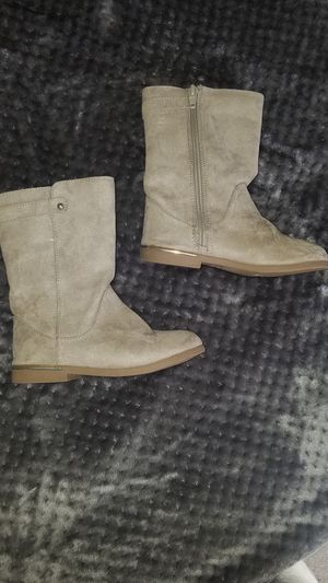 Sz 9 girl's tan boots for Sale in Lakeland, TN