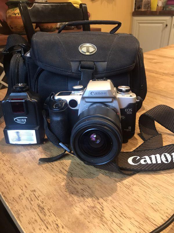 Canon EOS 50E Quartz Date film camera
