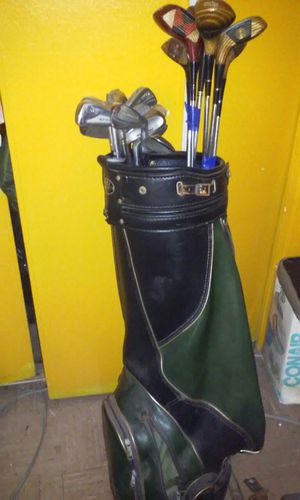 Left hand. Golf. Clubs for Sale in Bronx, NY