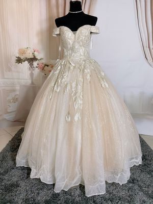 Beige&cream luxury embroidered bling off the shoulder princess ballgown wedding dress/ Quinceanera&Sweet 16 for Sale in Cooper City, FL
