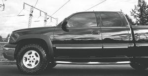 PEARL BLACK EXTERIOR COLOR CHEVY SILVERADO for Sale in Oakland, CA