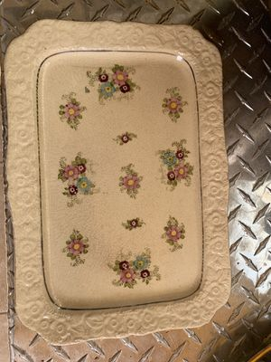 Antique Mikori ware platter with gilding available for pick up for Sale in Hayward, CA