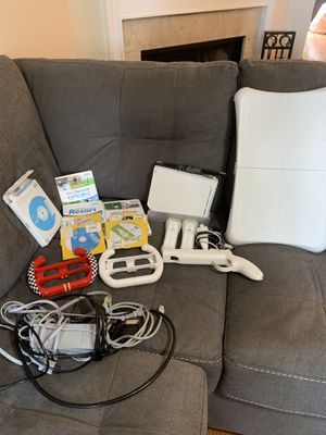 Wii and accessories for Sale in Nashville, TN