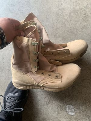 Nike Work Boots for Sale in Dinuba, CA