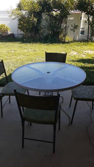 Patio set for Sale in Moreno Valley, CA