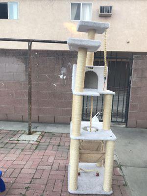 Árbol para gato grande y masiso for Sale in South Gate, CA
