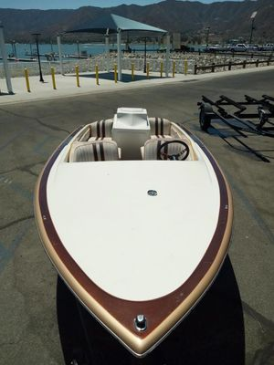 1972 schuster 17' boat with trailer for Sale in Moreno Valley, CA