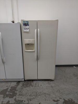 Frigidaire Refrigerator for Sale in Longmont, CO