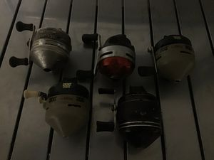 Five fishing reels for 30.00 for Sale in Nashville, TN