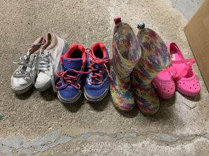 Clothes and shoes kids from1 yr - 6x for Sale in Bartlett, IL