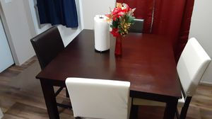 HOMMAX FURNITURE/ DINING TABLE for Sale in Jan Phyl Village, FL