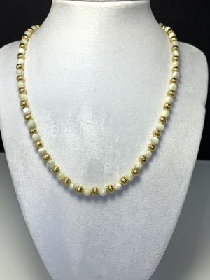 """Moonstone natural ball and gold tone necklace 18"""" inches long for Sale in Bolingbrook, IL"""