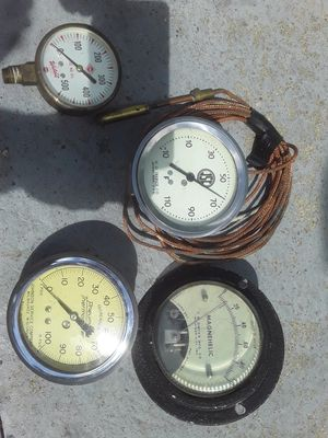 Gauges sold in a lot only for Sale in Taylor, MI