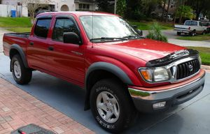 Luxxe 2003 Toyota Tacoma 4WDWheelsss for Sale in Pomona, CA