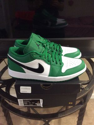 Air Jordan 1 Low Pine Green size 10 for Sale in Queens, NY