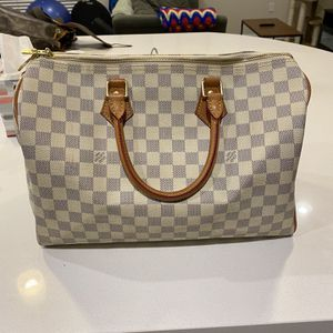 Louis Vuitton Speedy 35 Banduoliere for Sale in Irvine, CA
