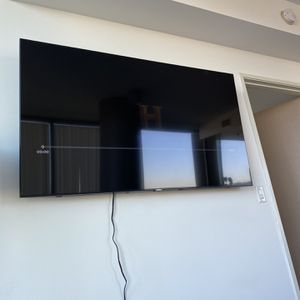 Samsung Smart 65 Inch Tv for Sale in Los Angeles, CA