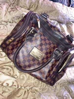 Louis Vuitton Bag for Sale in MIDDLE CITY EAST, PA