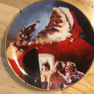 """""""Stocking Up For Santa"""" Coca Cola Plate #HB1476 for Sale in Frostproof, FL"""