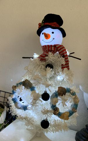 24 inch light up snowman Christmas Tree for Sale in La Mirada, CA