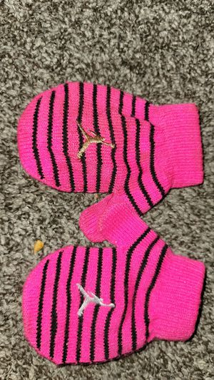 Toddler mittens for Sale in Roseville, MI