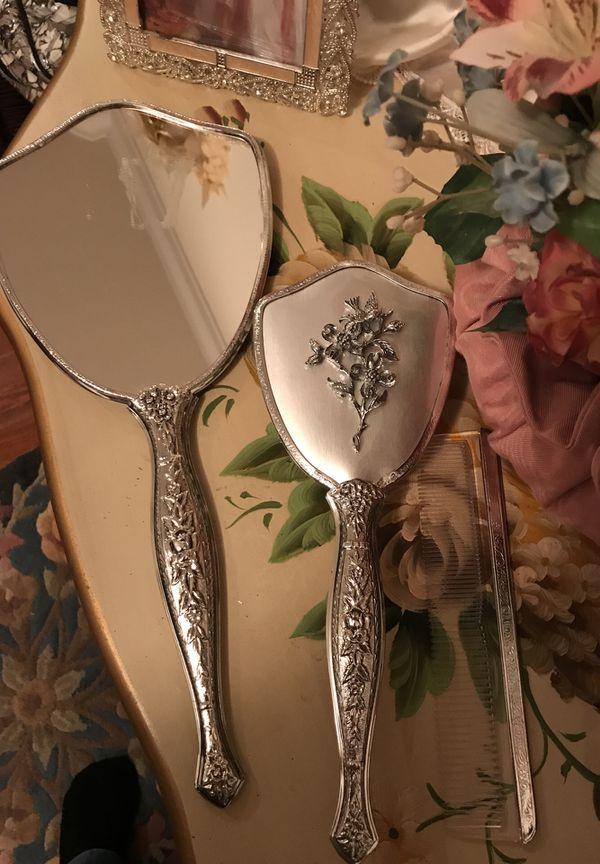 Gorgeous! Victorian Silver Vanity Set