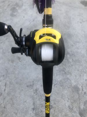 Bass fishing Rod & Reel for Sale in Moreno Valley, CA