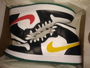 Jordan 1 Mid Women's SIZE 6.5 WOMENS for Sale in Alexandria, VA