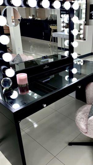 Black glow pro for Sale in Fresno, CA