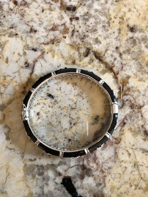 Bracelet~Brand New
