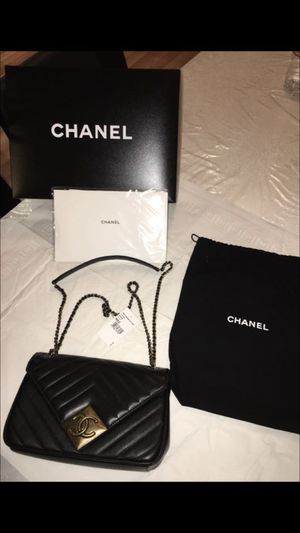 New Chanel bag, never been used. for Sale in Houston, TX
