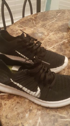 Barely used Nike 6.5 for Sale in Stockton, CA