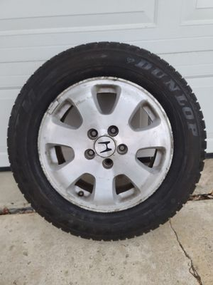 DUNLOP winter tire with OEM rim for Sale in Downers Grove, IL