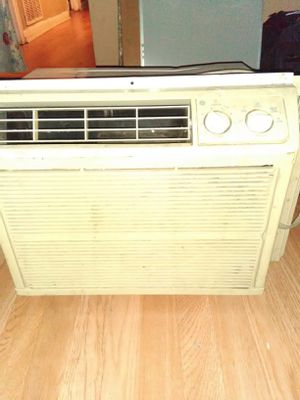 Ac Units $30 each work great moving need it gone for Sale in Chicago, IL