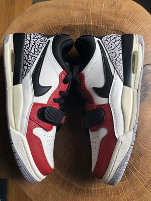 Jordan Legacy 312 Chicago colorway new and unworn for Sale in Lexington, KY