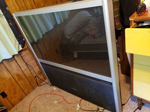 Toshiba tv works well for Sale in Roscommon, MI