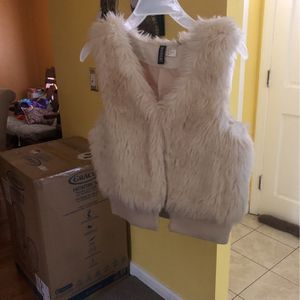 Girls Vest for Sale in North Haven, CT