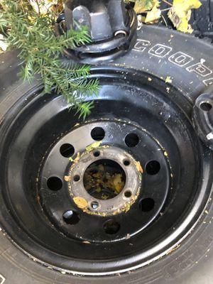 33x12.5x15 Dodge Ram wheels 5 lug for Sale in Glen Ellyn, IL
