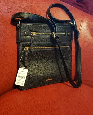 NWT CROSSBODY BAG BLACK for Sale in Chicago, IL