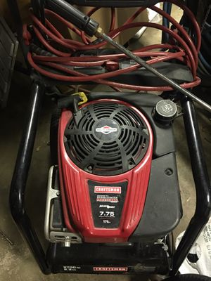 Craftsman pressure washer. Quiet sense. 175 cc. 2700 (READ the pump doesn't work. The (motor is good. ) for Sale in Bell Gardens, CA