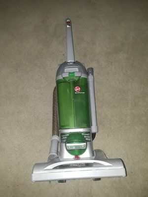 Hoover and Bisell vacuum cleaners. for Sale in Las Vegas, NV