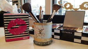 Makeup Brush / Candle Holder for Sale in Chicago, IL